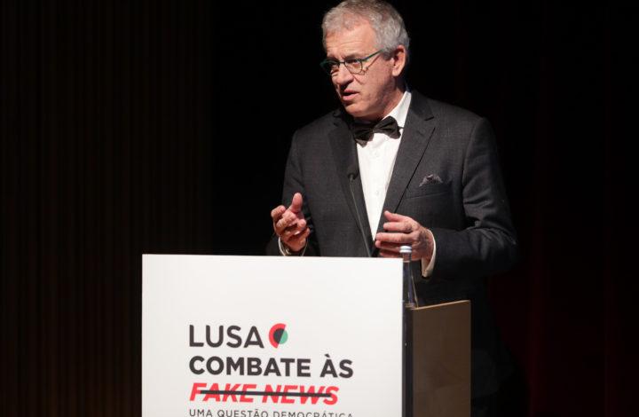 O presidente do Conselho de Administração da agência Lusa, Nicolau Santos, intervém na abertura da Conferência